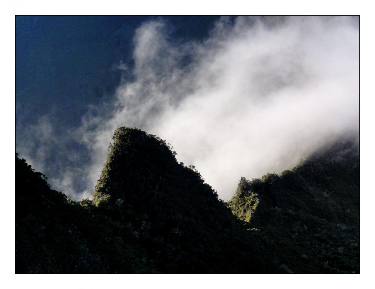 Cirque de Mafate, brouillard.