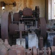Les vieilles machines du moulin Kader.
