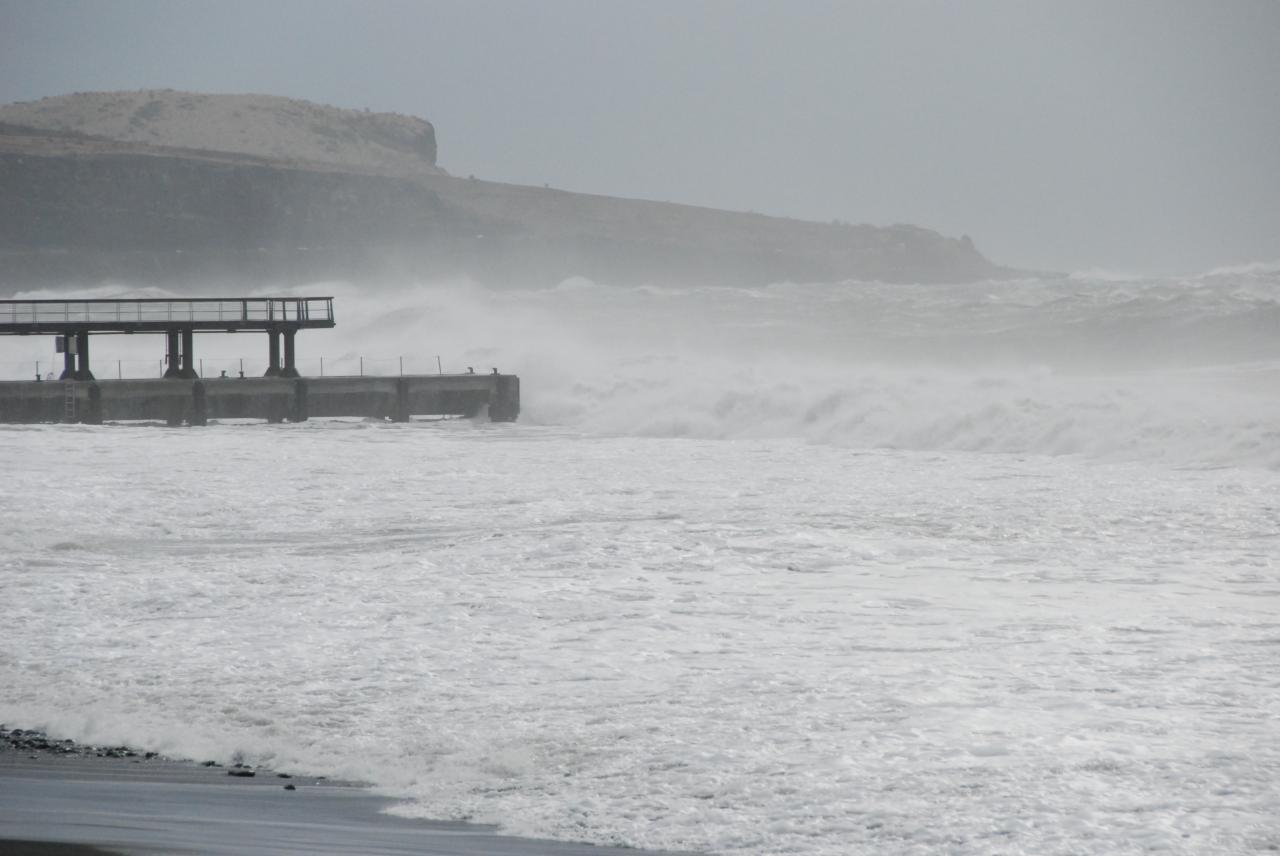Houle cyclone Gaël 2009 embarcadère D Helsens